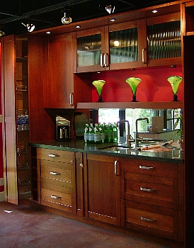 Traditional Wet Bar